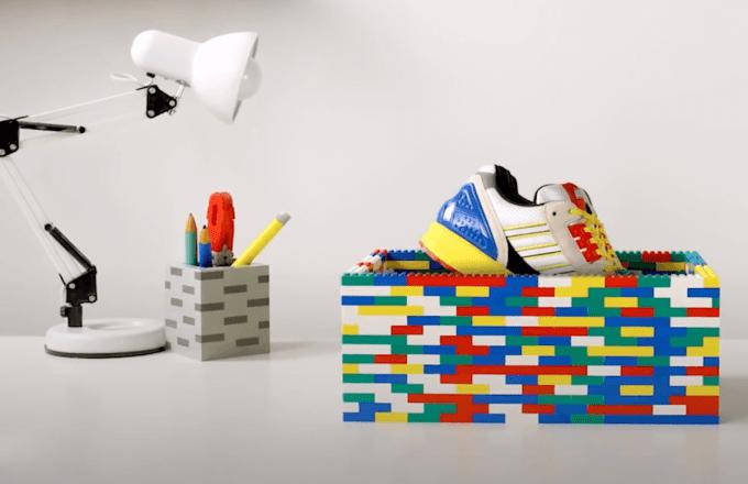 But Adidas A-ZX w pudełku z LEGO