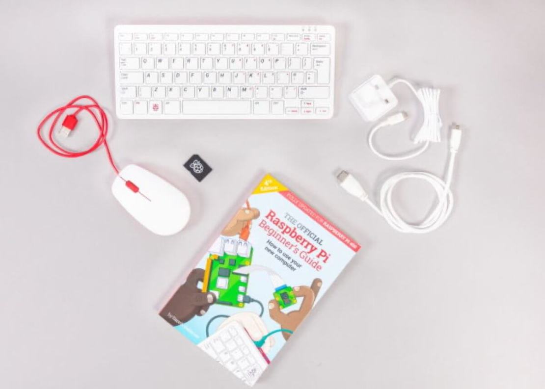 Raspberry Pi 400 - części w zestawie za 100 USD