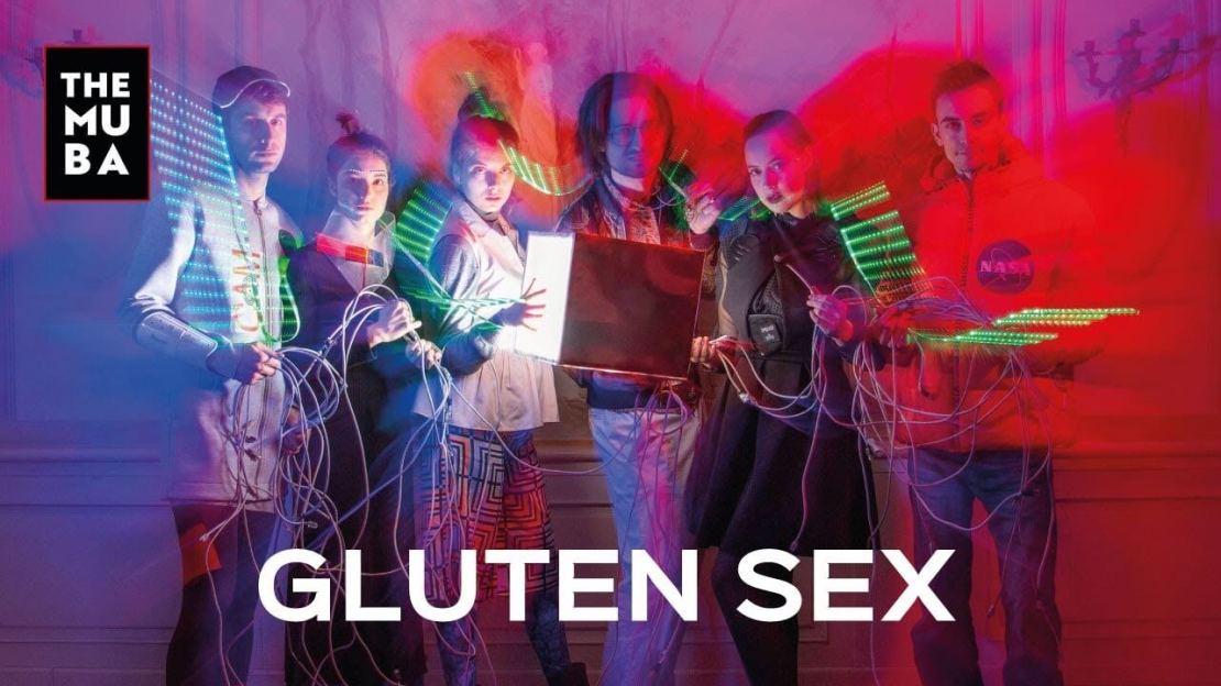 """""""Gluten sex"""" w serwisie VOD TheMuba"""