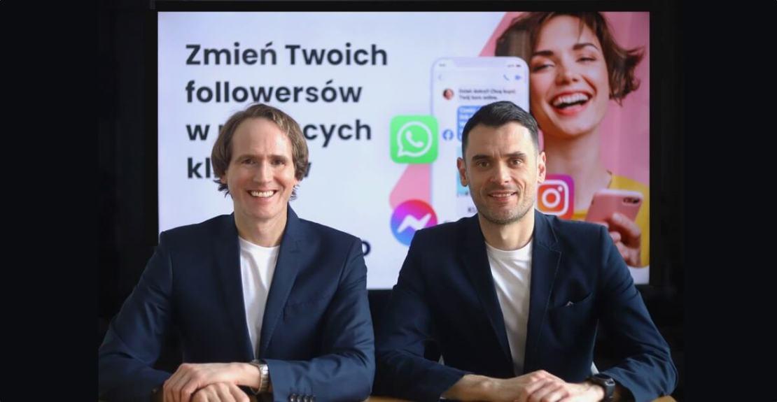 Rozwijający Gizmi.io od lewej Tomasz Uściński i Michał Kiełpiński