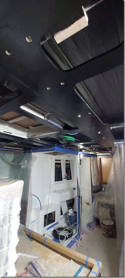 Main Cab black roof 2