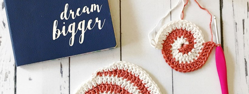 spiral crochet coaster