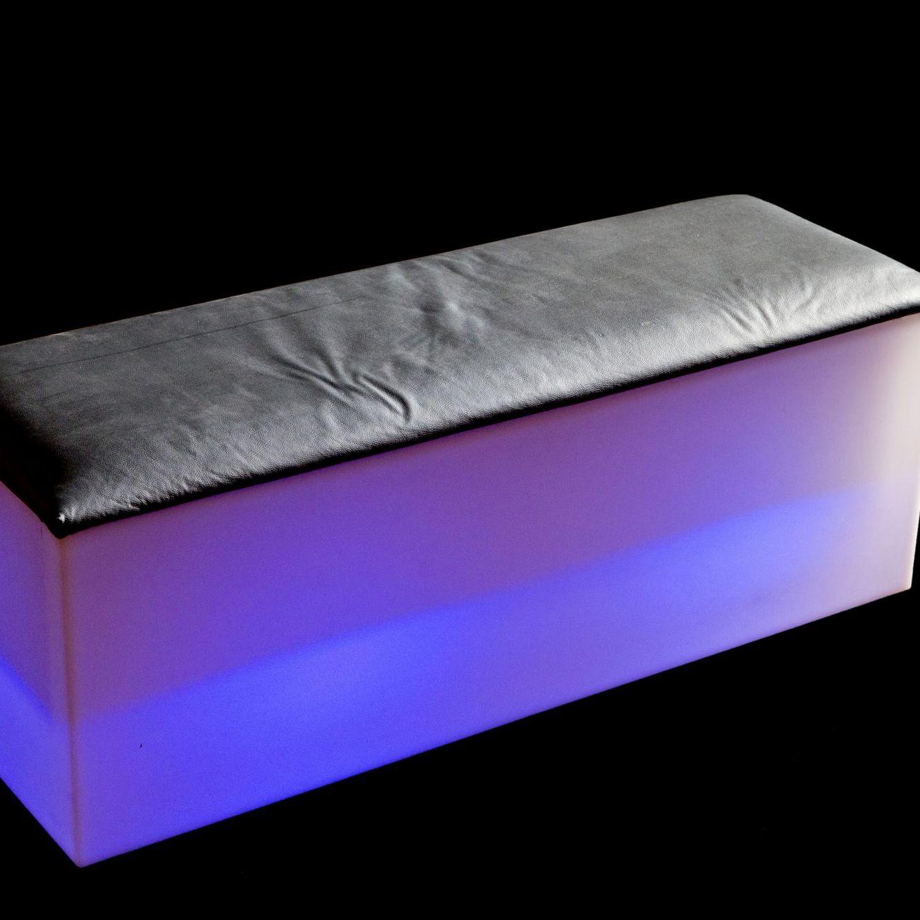 aluguel de móveis de LED para festas e eventos, festa personalizada, decoração diferenciada,
