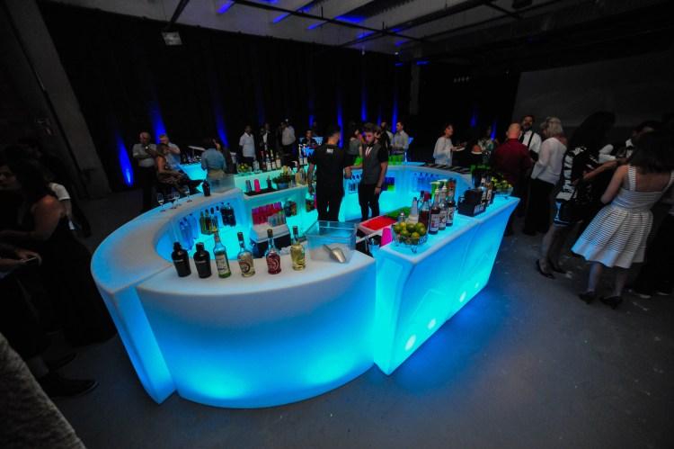 Decoração para 15 anos, aluguel de móveis de LED, Led evento inovação