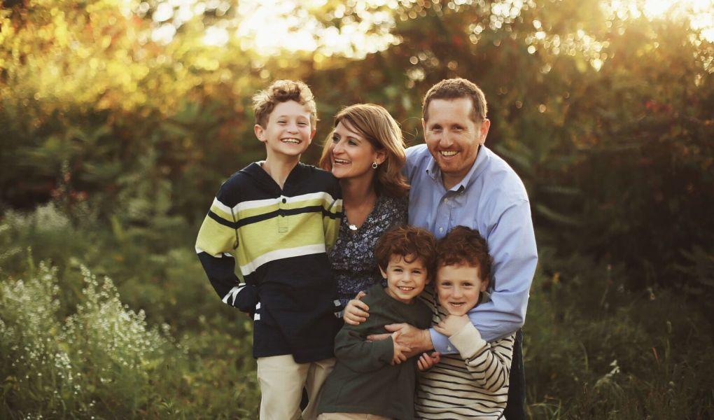 family photo tips. perfect family photo.