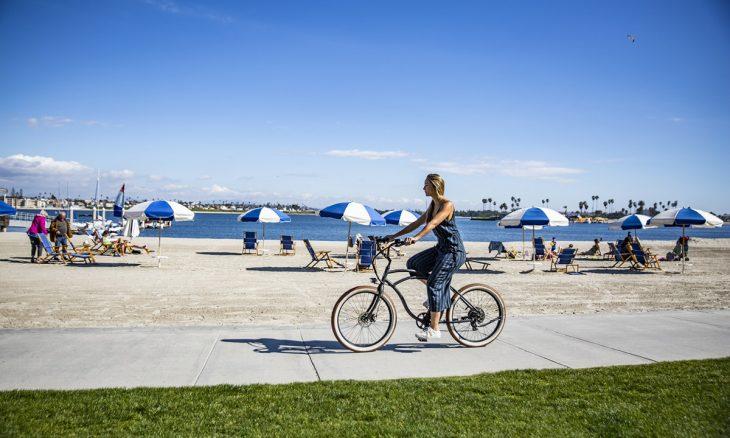 Anda de bicicleta? 10 dicas de segurança que tem de saber