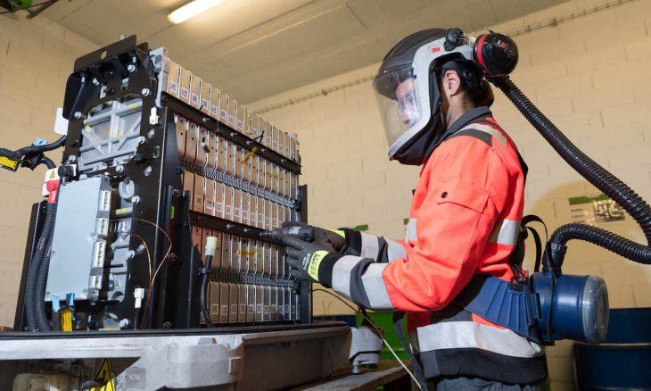 Renault junta-se a Veolia e Solvay para reciclar metais das baterias de automóveis elétricos