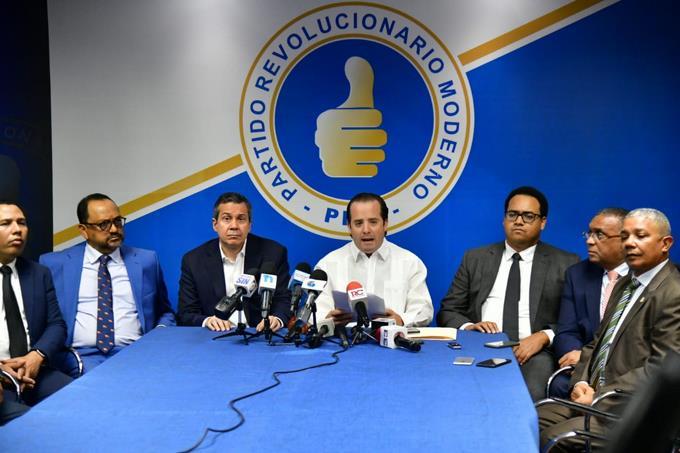 PRM dice podría tomar acciones legales si Gobierno continúa inaugurando obras