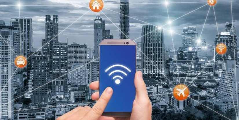 Cinco cosas que nunca debes hacer si te conectas a una WiFi pública