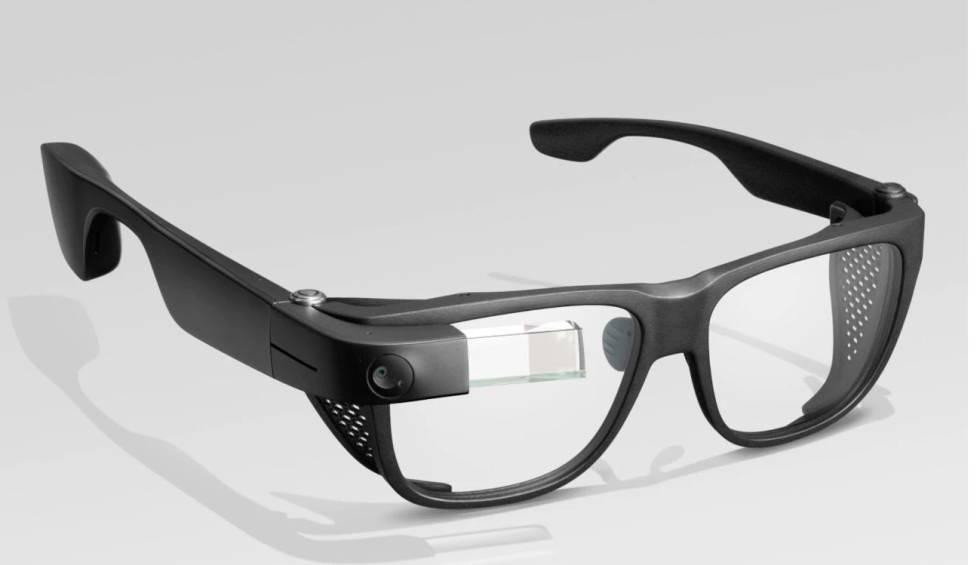 ¿Cómo serán las gafas inteligentes de Facebook lanzadas por RayBan?