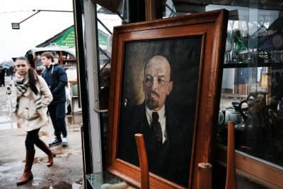 Flea Market Lenin