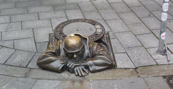 estatua-bratislava