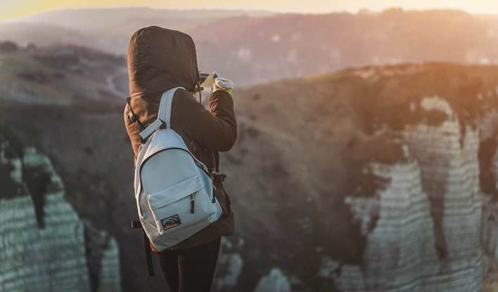 Internet mientras viajas: tarjeta sim datos internacionales sin roaming HolaSim Connect