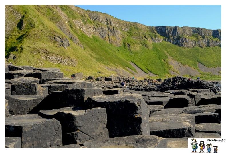 columnas basalticas calzada