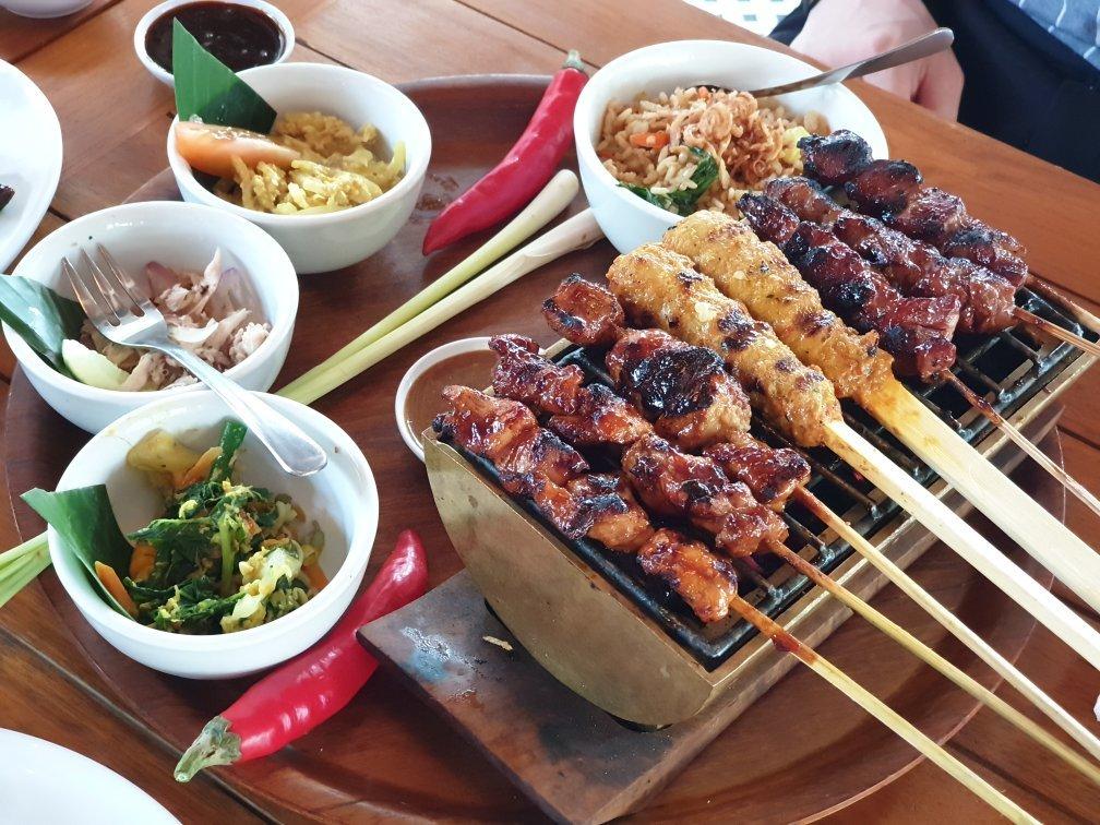 los mejores platos de comida en indonesia
