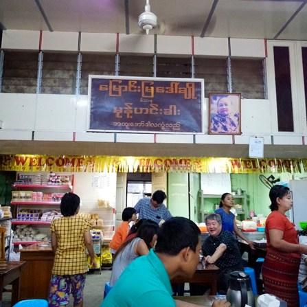 comer en Yangon Myanmar