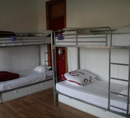 this-is-lisbon-hostel-camas