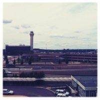 AirTrain-Newark-pista-aviones