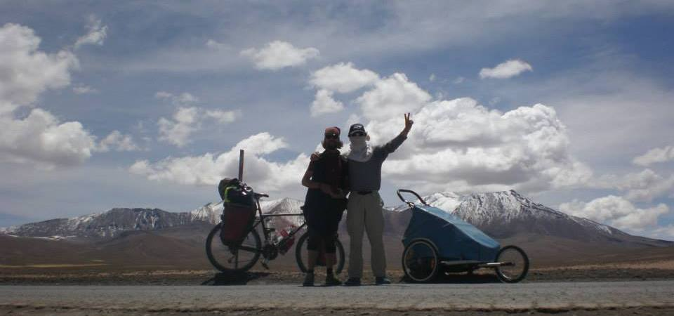 Earth-Wide-Walk-vuelta-al-mundo-pie-Chile-Bolivia-4