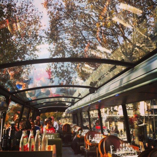 Bustronome-Paris-interior-autobús-restaurante