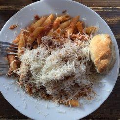 Pizza-Vira-Berlin-pasta-bolonesa