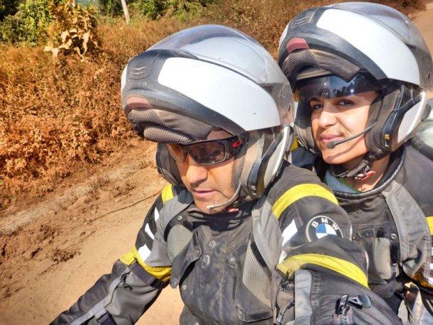 Viajar-en-moto-vuelta-al-mundo-Laos