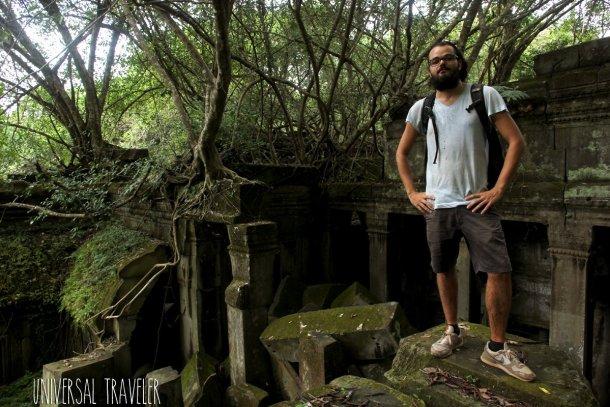 Daniel-Viera-tomb-raider-bang-mealea