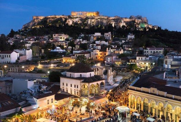 Atenas, uno de los 7 destinos baratos europeos para escaparte en Semana Santa
