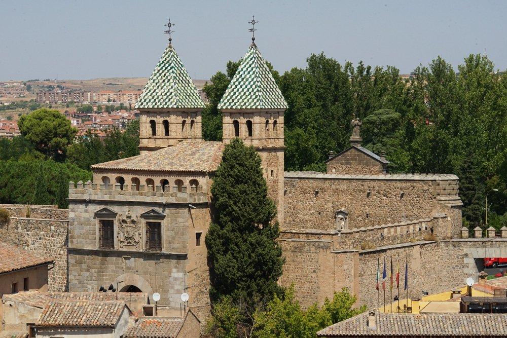 Cosas que ver en Toledo: Puerta Bisagra