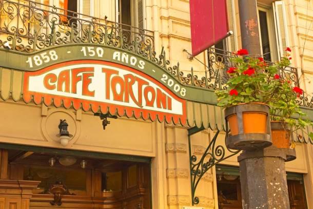 Café Tortoni en la Avenida de Mayo de Buenos Aires