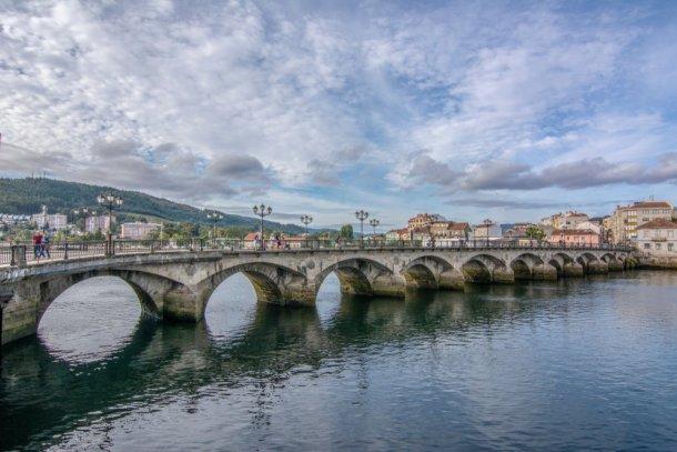 Que ver en Pontevedra puente Burgo