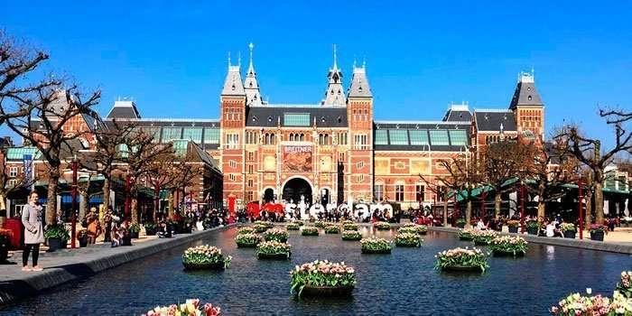 Amsterdam comienza su reapertura