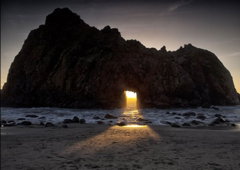 The stunning light at Keyhole Arch, Pfeiffer Beach, California