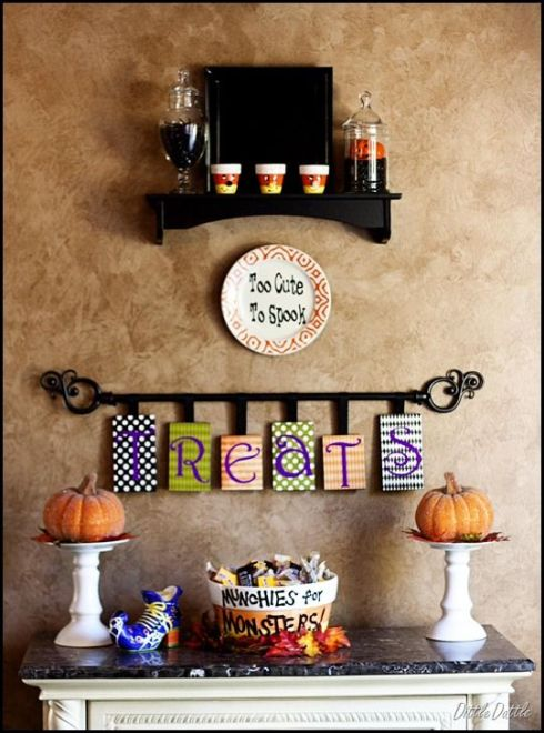 indoor halloween decorating ideas with pumkin