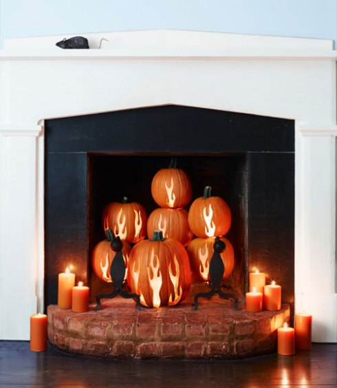 indoor halloween decorating ideas with pumkin 14