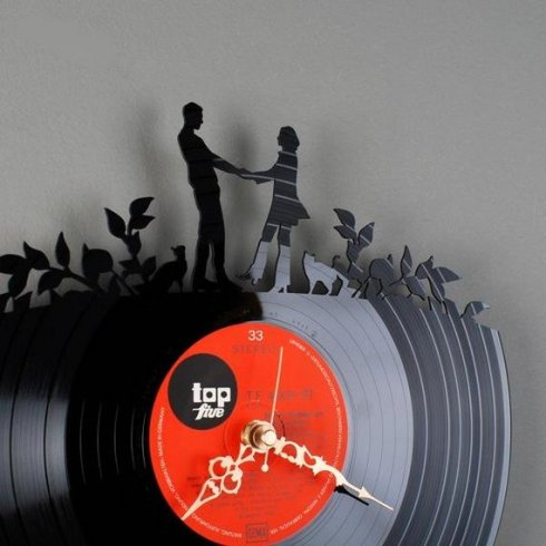 Inspiring clock art couple