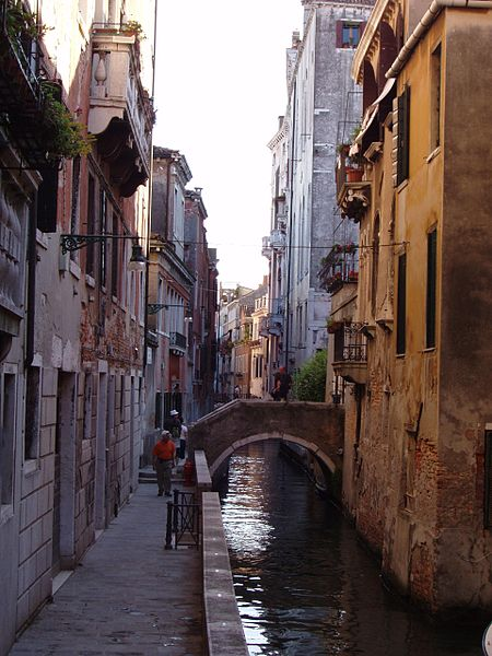 amazing paths around the world Venice, Italy