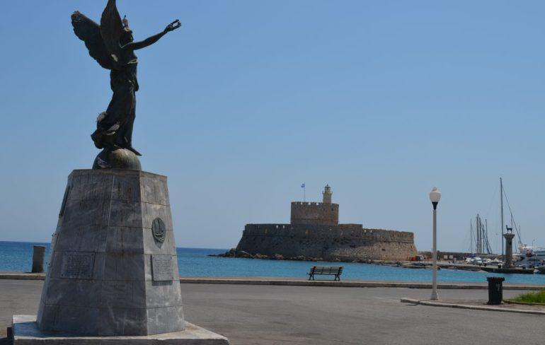 interesting things to see in island Rhodes, port 2