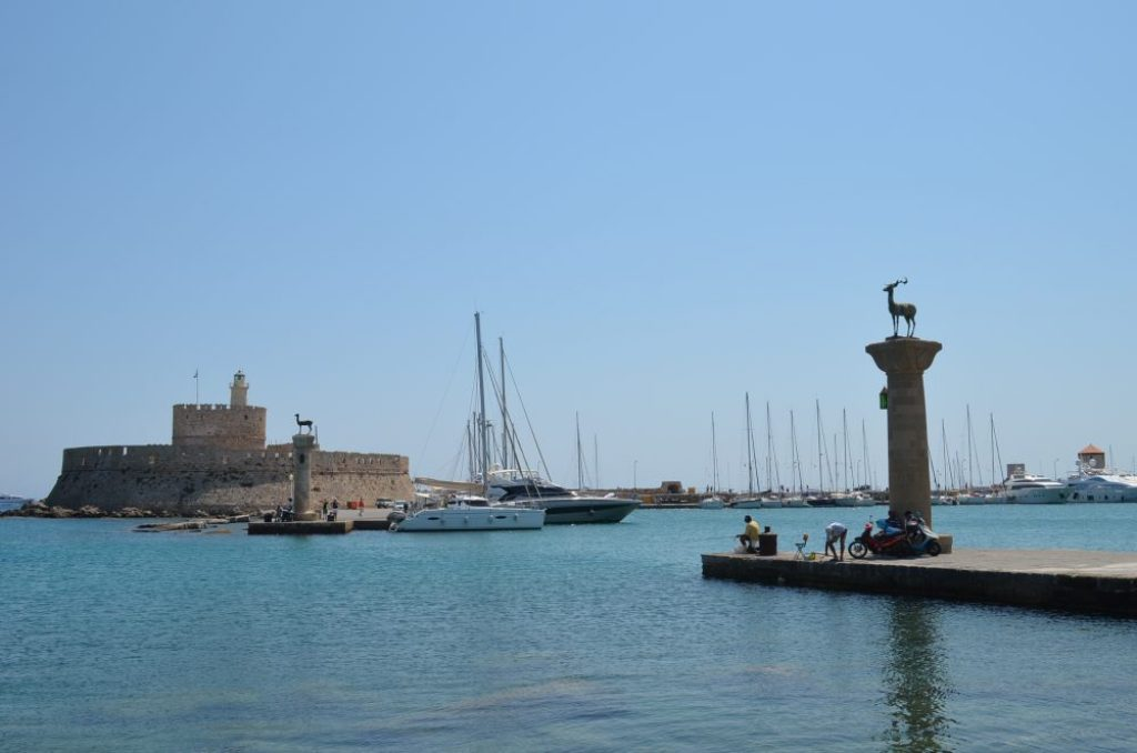 interesting things to see in island Rhodes, port