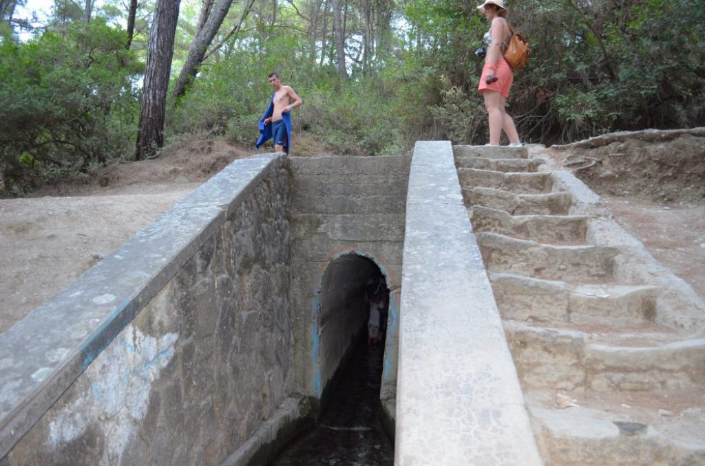 interesting things to see in island Rhodes, Seven Springs tunel