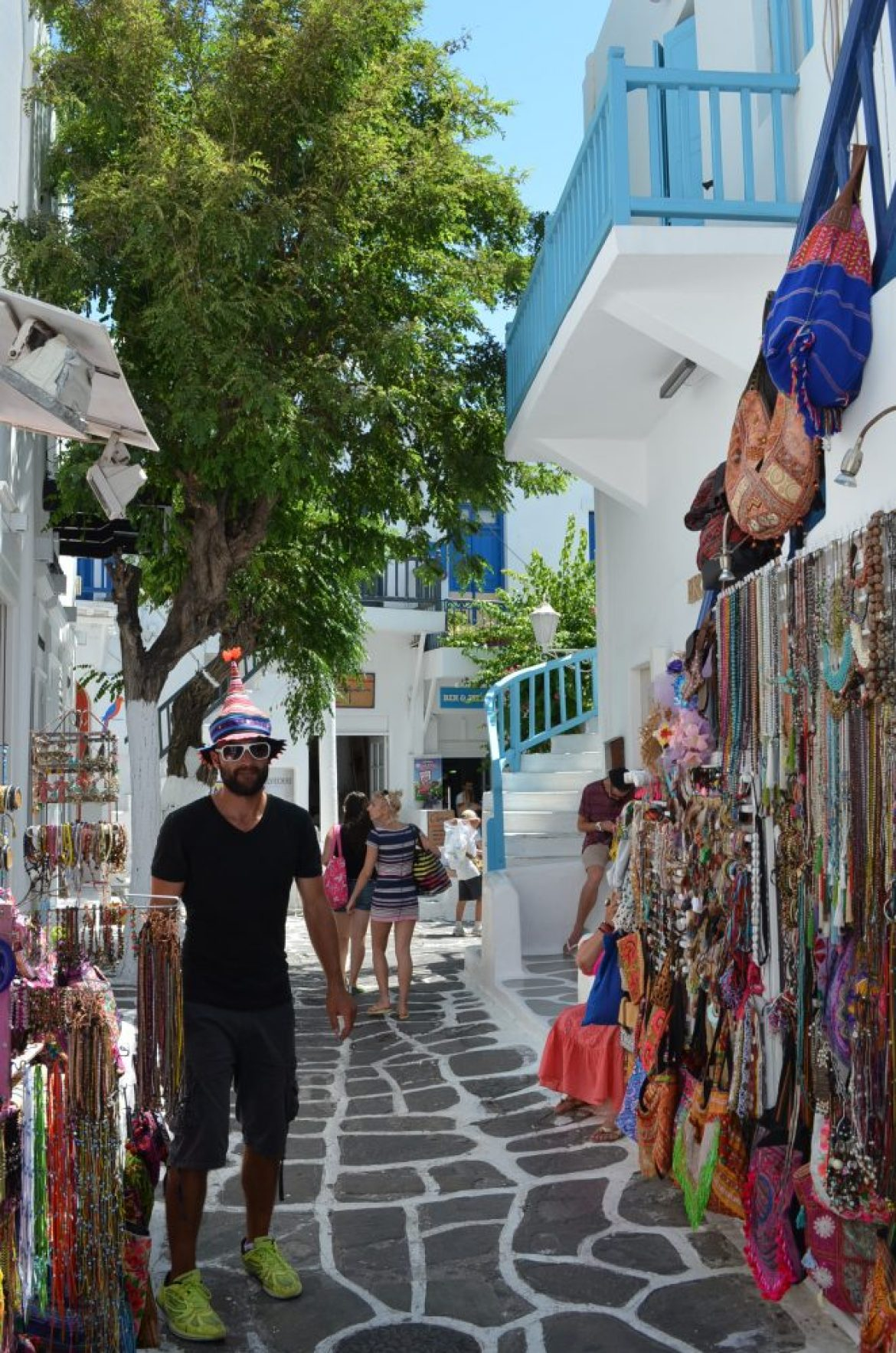 Matogianni-shopping-street-Mykonos-2