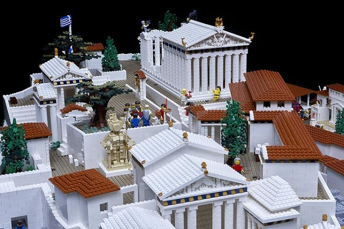 amazing lego structure of parthenon