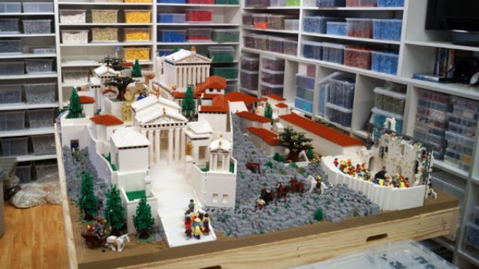 amazing lego structure of parthenon 3