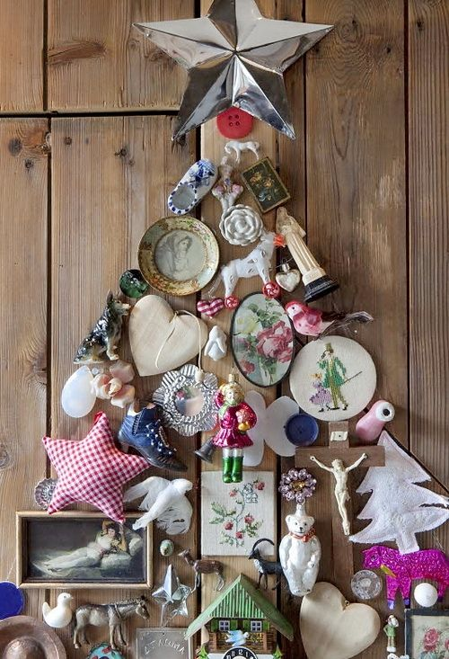 DIY unusual christmas tree, decorated with paintings