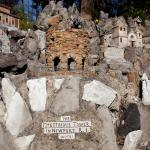 most unusual parks around the world, Grotto 16