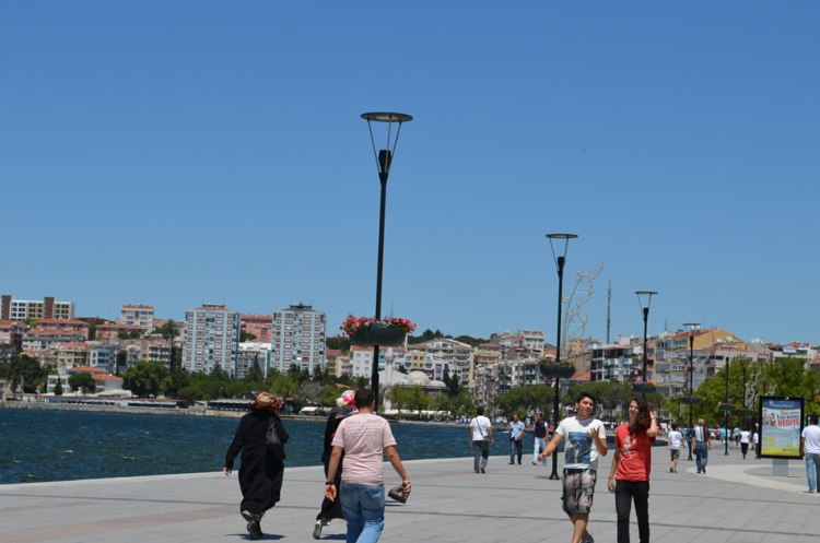 exploring the city of Canakkale, waterfront