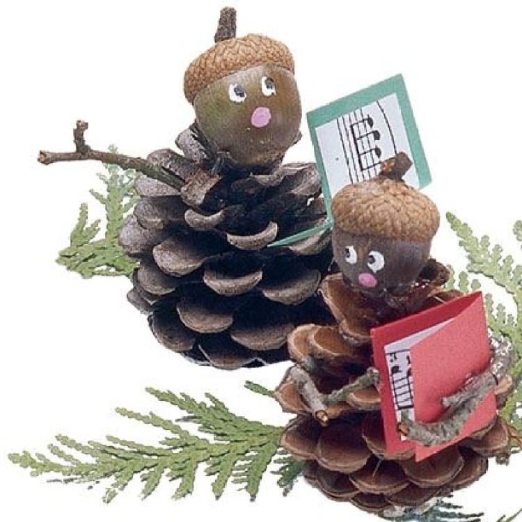 holiday homemade pinecone xmas ornaments 9