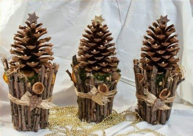 holiday homemade pinecone xmas ornaments 29