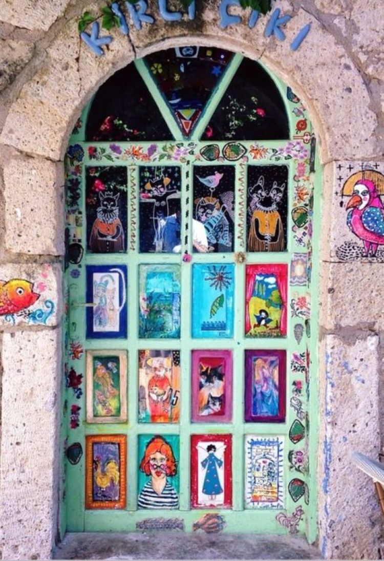 unusual and creative painted doors, Turkey