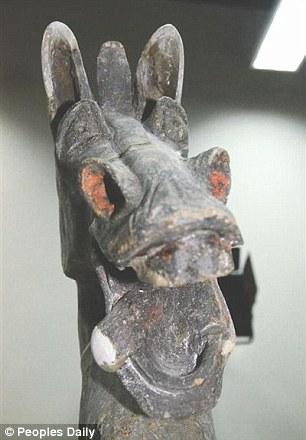 tượng đồng kỳ quặc Han diosystem 3